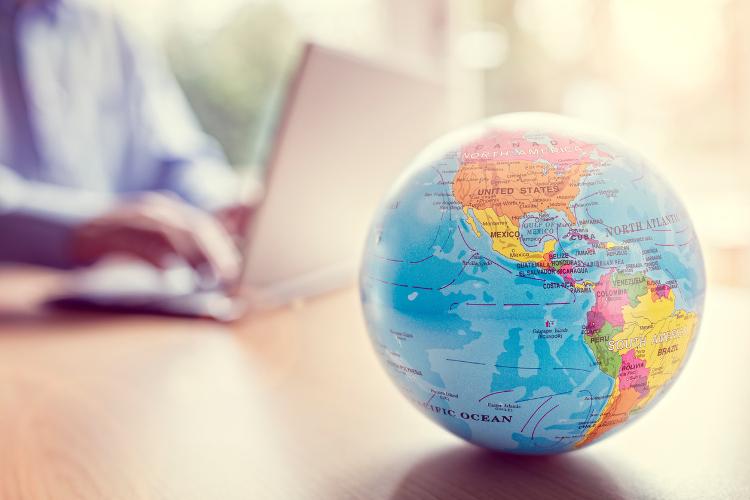 globe-communication